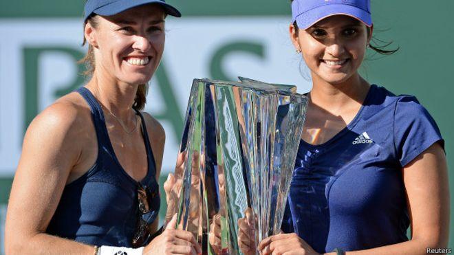 सानिया और हिंगिस ने जीता  ऑस्ट्रेलियन ओपन महिला डबल्स