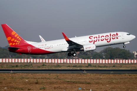 एयरलाइंस लेकर आईं सस्ती यात्रा का टिकिट