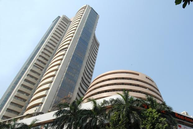 BSE Sensex in pain; TCS, Infosys, Reliance outperform
