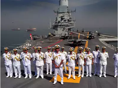 राफेल विवाद के बीच हुआ भारत और फ्रांस के बीच बड़ा नौसेना सैन्य अभ्यास 1 मई से