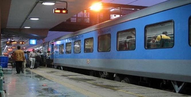 सेमी हाई स्पीड ट्रेन का ट्रायल रन शुरू